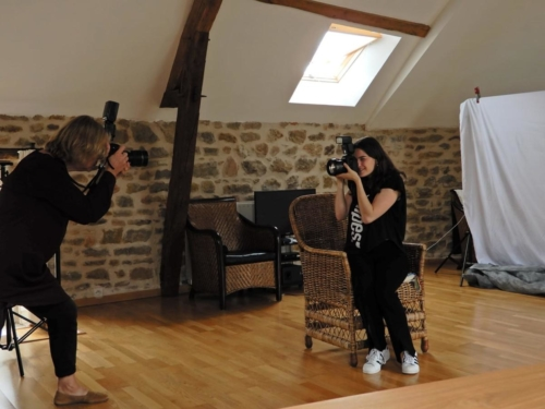 Raquelle van Gemert being photographed by Sonja van Driel in Burgundy